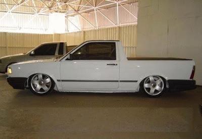 Foto De Uma Incr  Vel VW Saveiro Quadrada Socada  Porque Lugar De