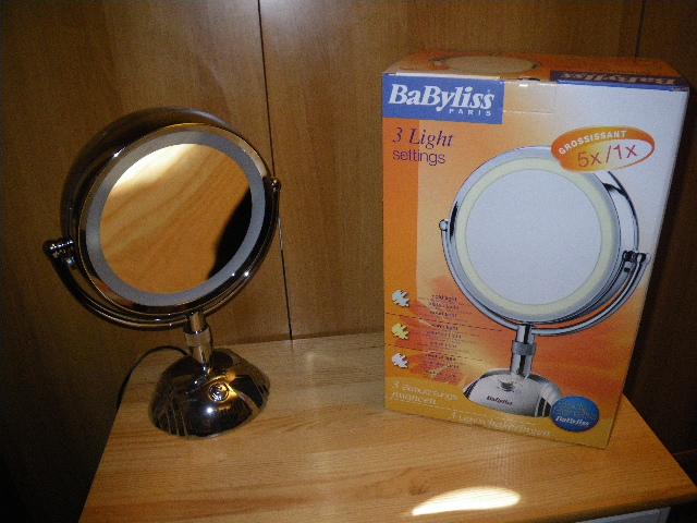 Vanitasvanitatumetomniavanitas specchio specchio delle mie brame - Specchio babyliss 8438e ...