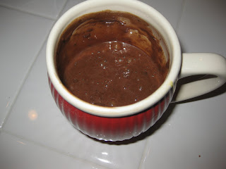 1 minute chocolate cake in the microwave