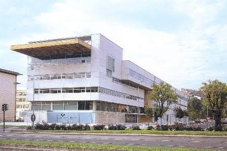 Arkidat info donostia edificio ignacio m barriola for Escuela arquitectura donostia