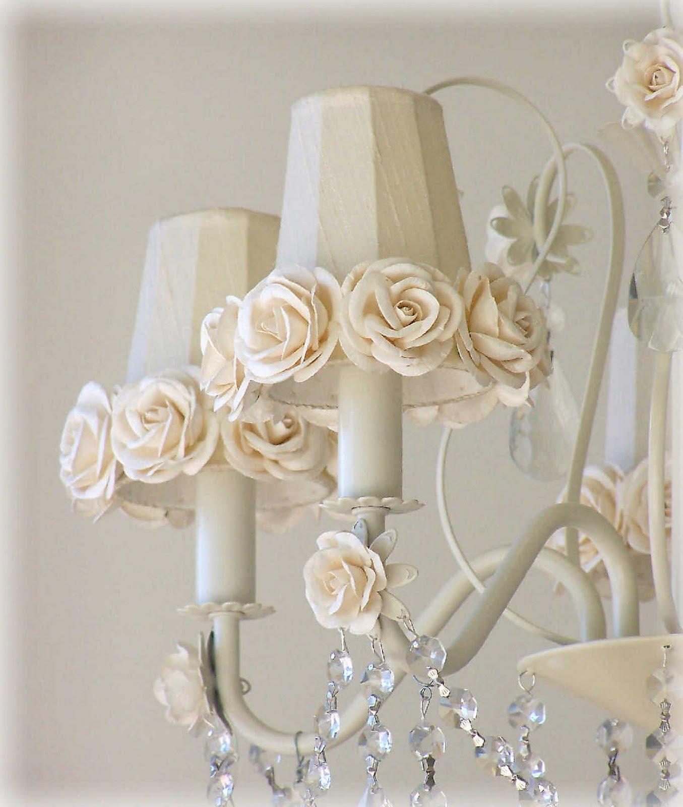 shabby chic crystal chandeliers chandelier online. Black Bedroom Furniture Sets. Home Design Ideas