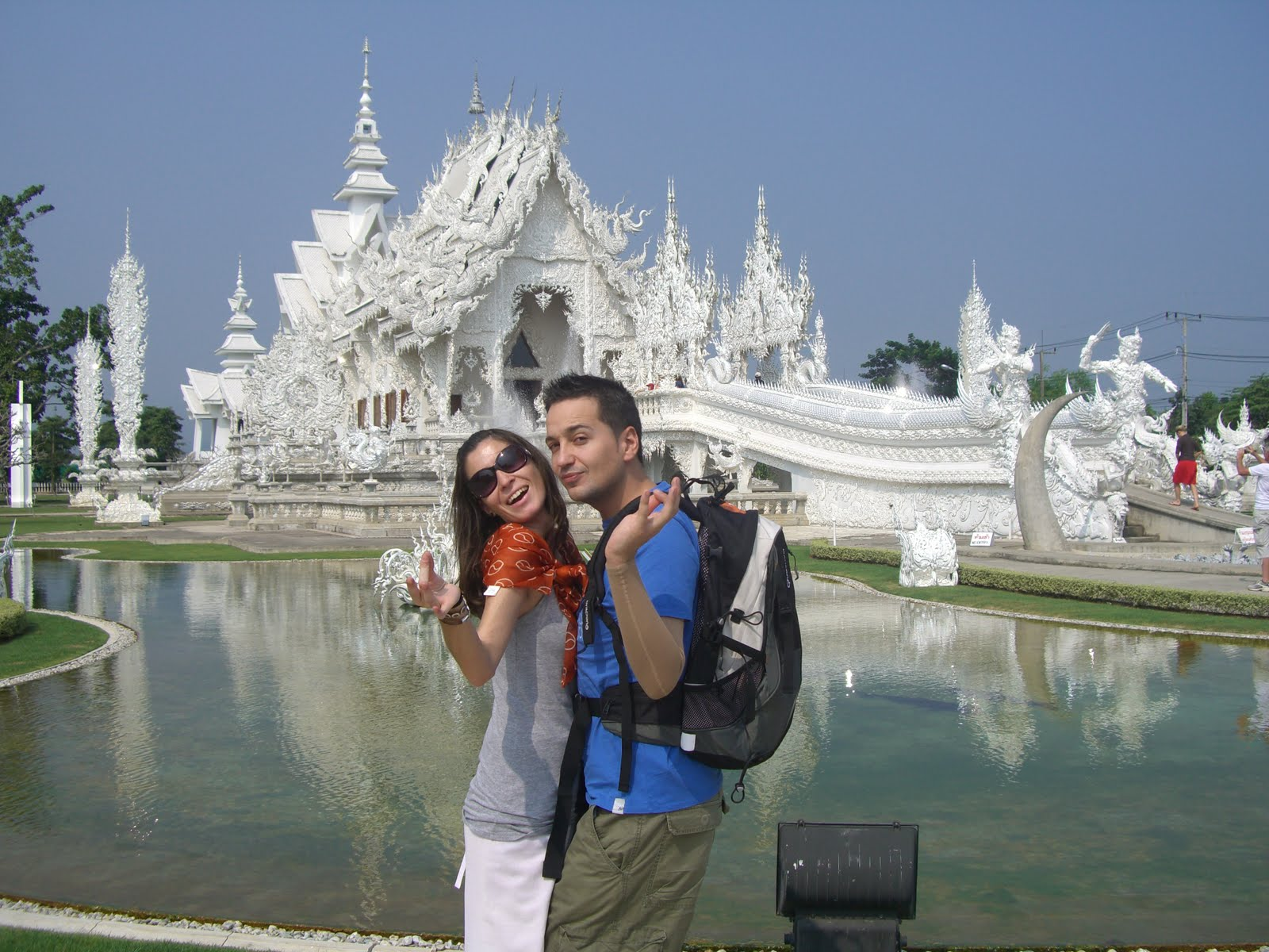 Y por fin tailandia 2 chiang rai templo blanco y for Piscina triangulo de oro
