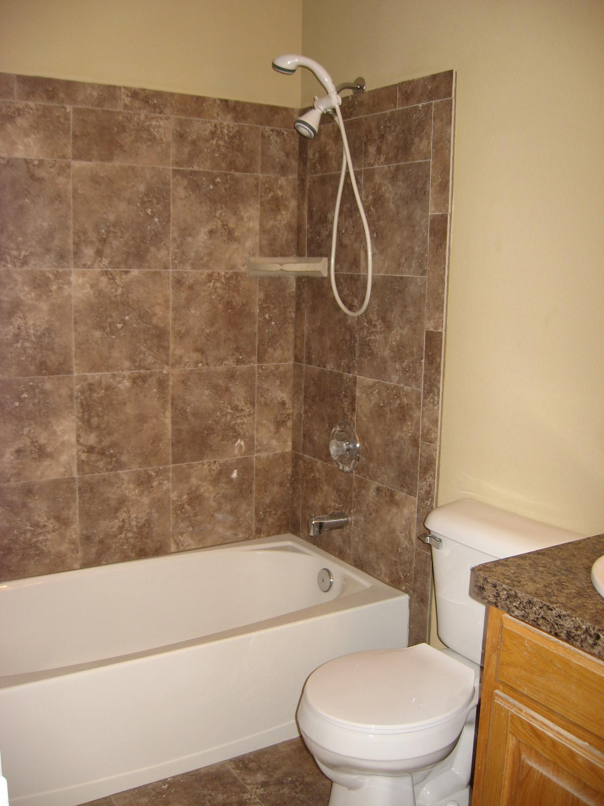 Coordinating Bathroom Floor And Wall Tile : Matching wall and floor tiles bathroom