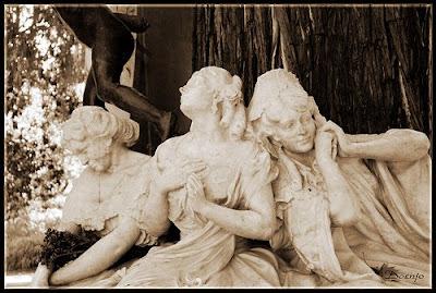 Monumento a Becquer