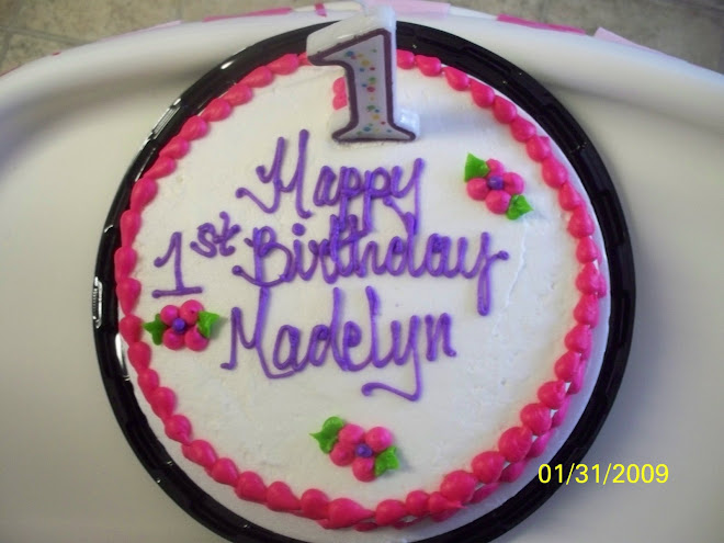 Maddy's smash cake..also so cute