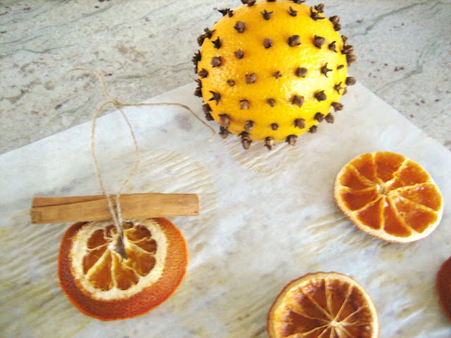 Christmas Cookies, Orange Pomanders and the Scents of Christmas.