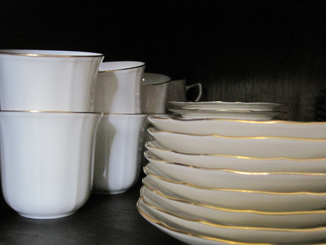 Organizing the Kitchen, Where do I keep my stuff, Natasha in Oz, Noritake