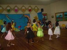 Dançando nas Histórias Infantis