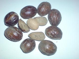 http://4.bp.blogspot.com/_MQXH6wHVIes/TTQU2uNjidI/AAAAAAAAAIA/ocPZluZ8NOg/s1600/buah-pala.jpg
