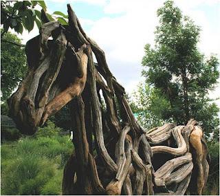Foto cavalo de madeira