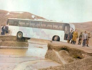 Acidente Autocarro - queda de ponte
