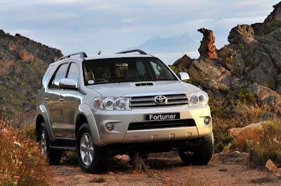 http://4.bp.blogspot.com/_MSM9eFk9HH8/SYXa2Z4X6OI/AAAAAAAABkA/Ng0QJ2jydq8/s400/2009+Toyota+Fortuner+1.jpg