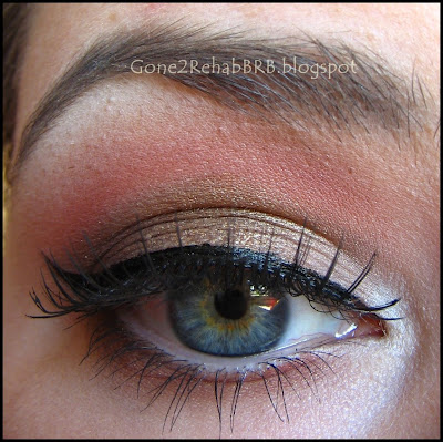 make-up with gold and pink prom look