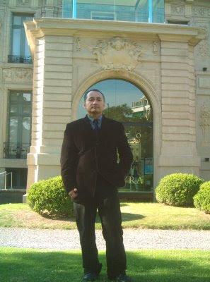 http://4.bp.blogspot.com/_MTMW0wRxmLE/SVuPz4FvsQI/AAAAAAAAAVw/b17_YbTVMk0/s400/Adolfo+Vasquez+Rocca+(copia).JPG