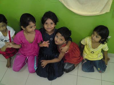 lawatan kerumah anak yatim pelarian rohingya Anak2