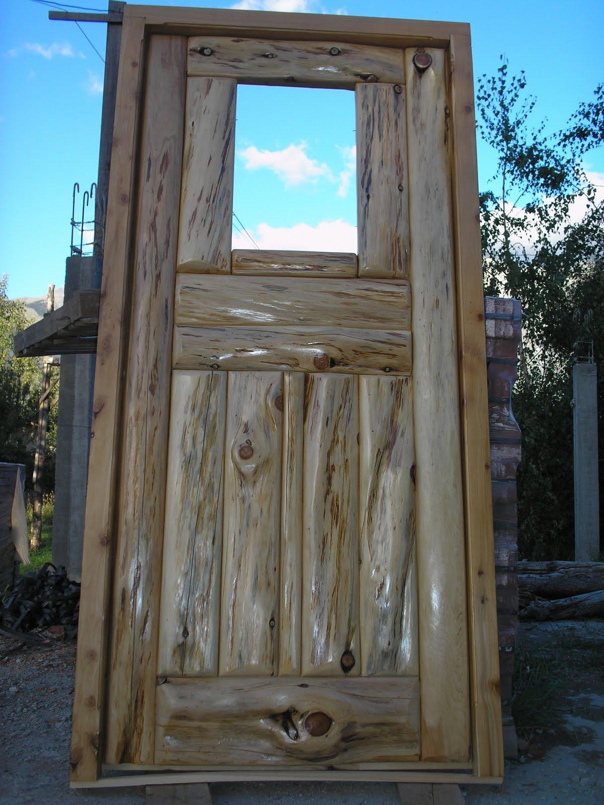 Muebles artesanales puertas for Puertas de madera exterior de segunda mano