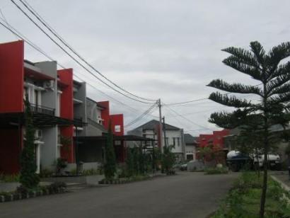 jual rumah di bandung on Bandung The Real Estate: Antapani Town House