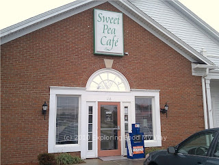 Storefront of Sweet Pea Cafe