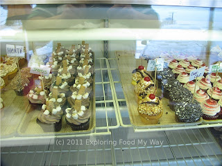 Cupcake Display Case 2