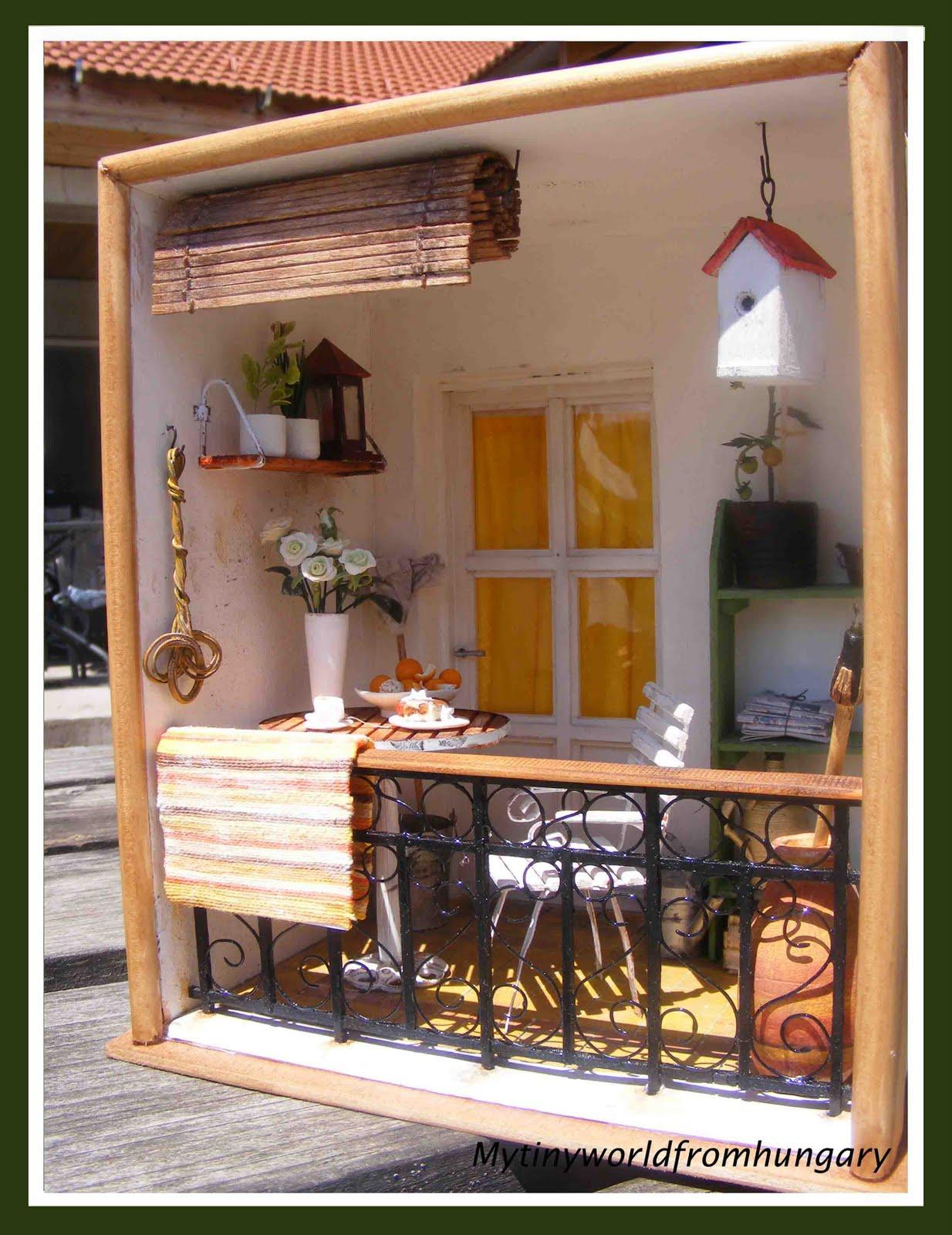 My Tiny World Dollhouse Miniatures Mediterranean Balcony