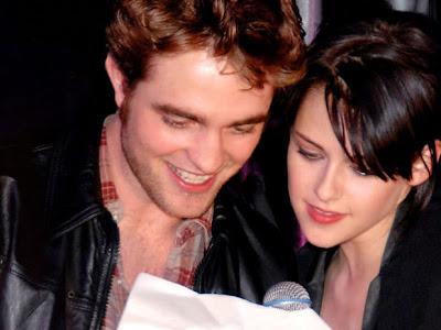 Pattinson y Kristen  a brasil viaje