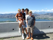 Family in Osoyoos, Canada