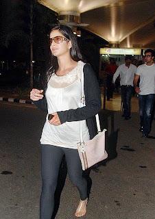 Katrina Kaif in leggings
