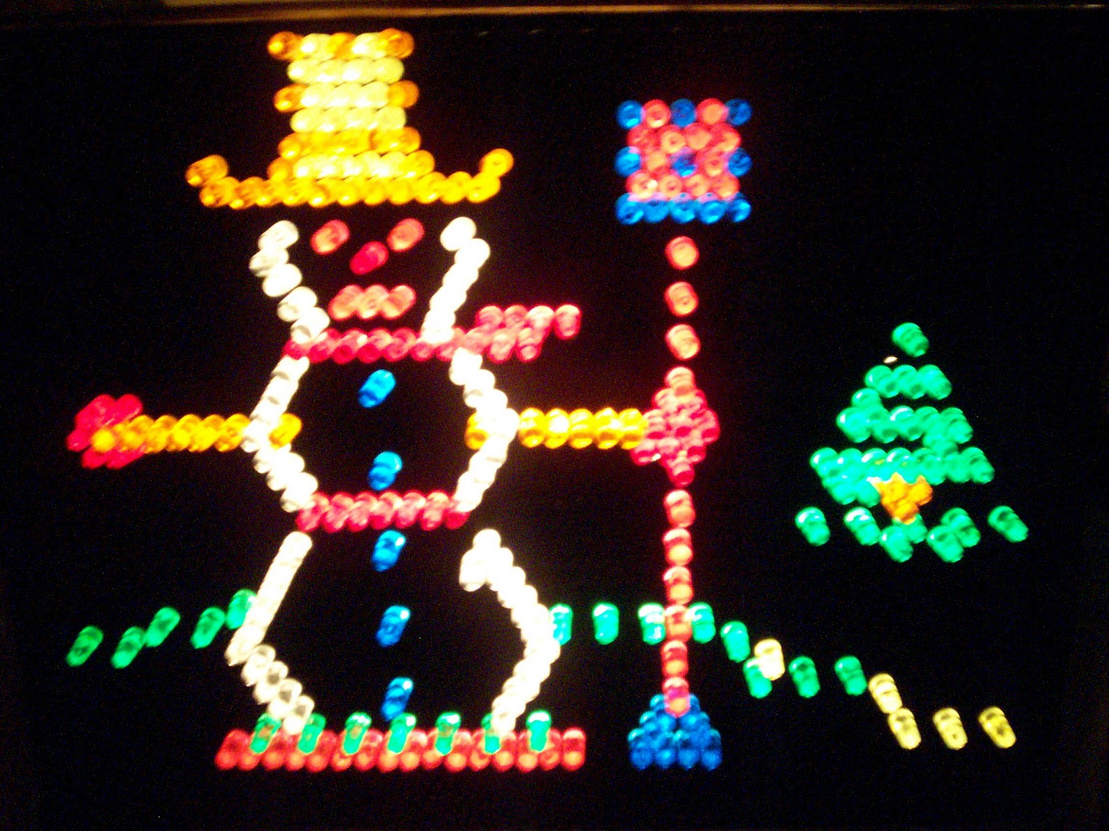 JustJenny: Merry Christmas from Lite Brite and little honey ♥