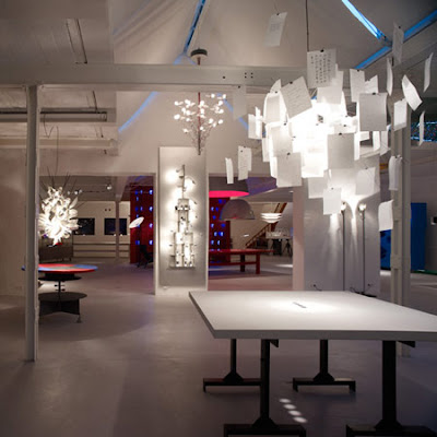 dise arte nueva sala de exposiciones ingo maurer. Black Bedroom Furniture Sets. Home Design Ideas