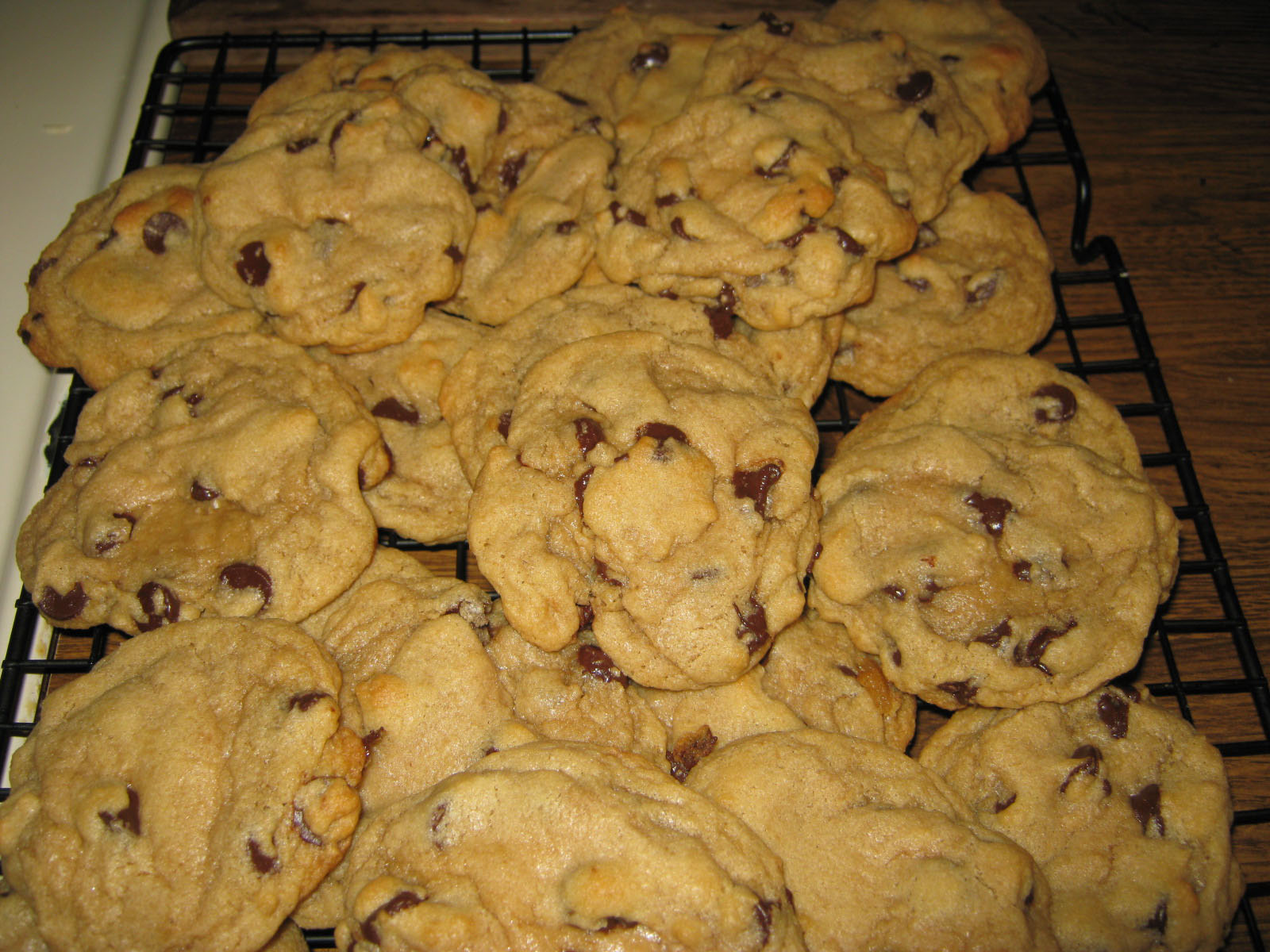 Easy Peasy Lemon Squeezy: All-American Chocolate Chip Cookies