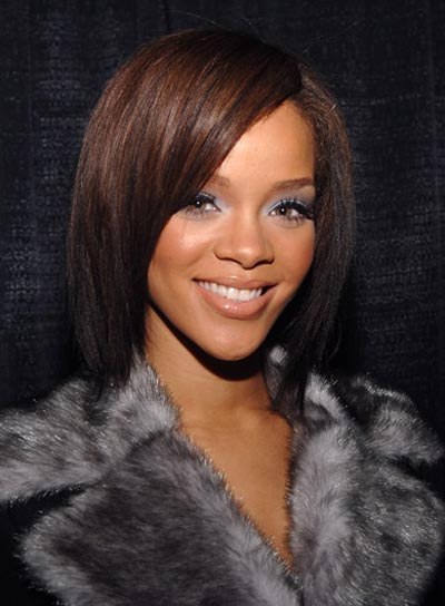 pics of rihanna short hairstyles. rihanna short hairstyles from