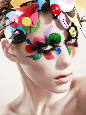Harlequin Clown Makeup http://boards.straightdope.com/sdmb/showthread.php?t=613900