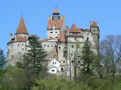 Thats Random Draculas Castle For Sale - Live-bran-castle-pictures