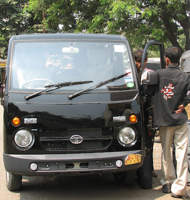 Tata Ace Magic van in Karjat