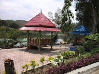 Gazebo di Taman Satwa Kandi