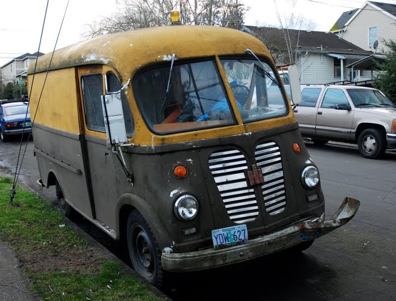 old parked cars 1959 international harvester am 150 metro van. Black Bedroom Furniture Sets. Home Design Ideas