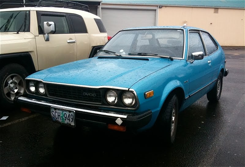 old parked cars   1976 honda accord cvcc hatchback