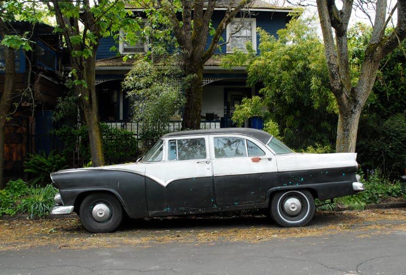 Image gallery 55 ford 4 door for 1955 ford fairlane 4 door