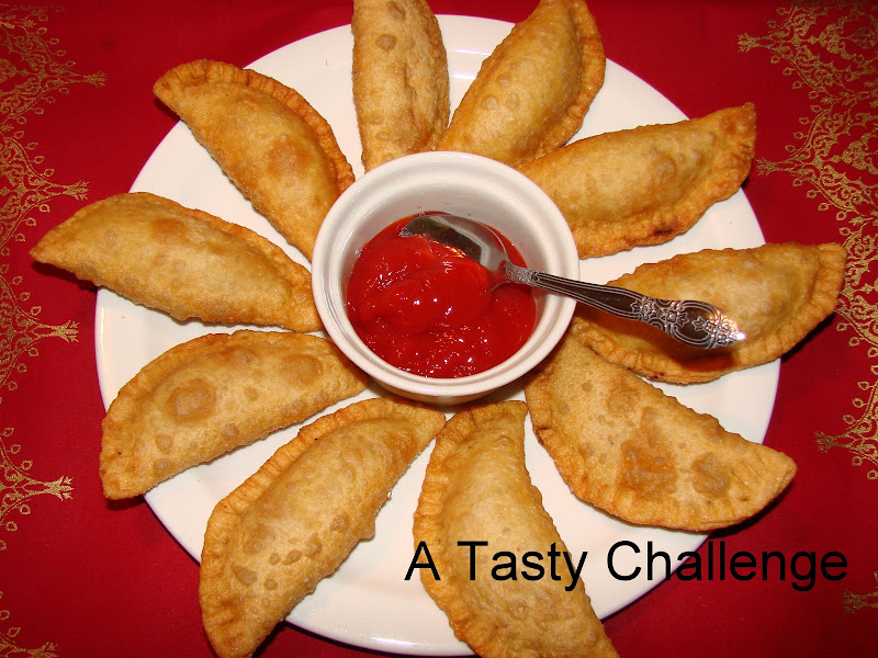 Paneer Stuffed Pooris
