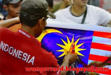 Bendera malaysia dibakar