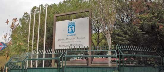 Madrid polideportivos polideportivo francos rodriguez for Piscina francos rodriguez