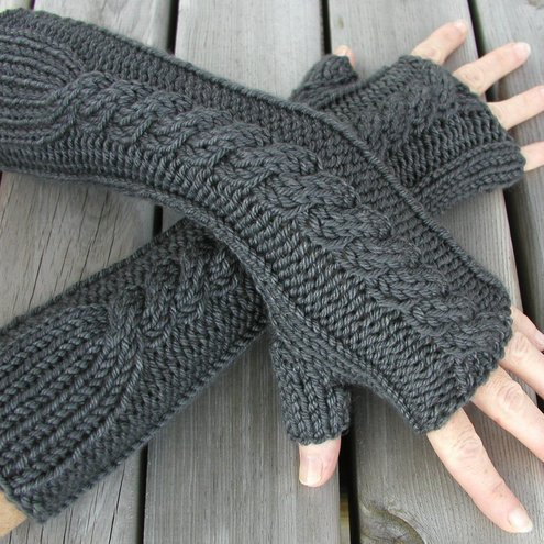 Knit Arm Warmer Pattern : its the little things...: Folksy Friday #26