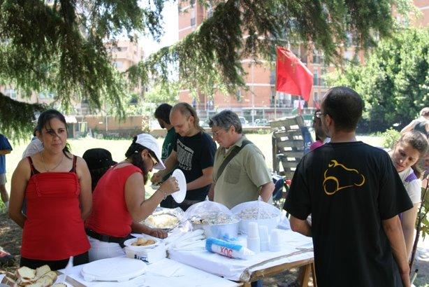 Festa per i due anni di occupazione a Magliana