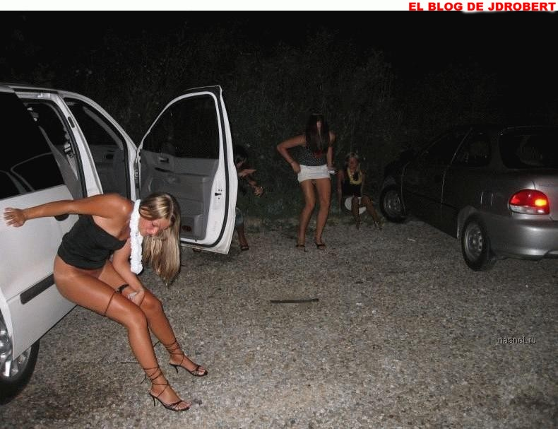 fotos gratis de chicas orinando: