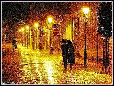 يروي ظمأ القلب الحزين  Rain