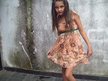 Es muy hermosa esta nena (L)