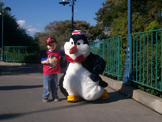 Disneyworld Orlando Magic Kindom Alberto and Pinguino