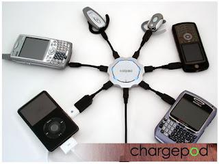chargepod, il caricatore multiuso per caricare sino a 6 prodotti in contemporanea