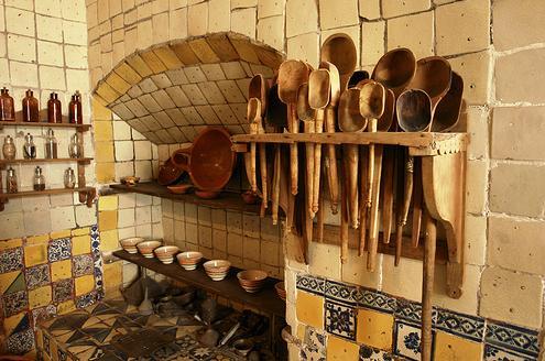 Lienzo culinario el bicentenario entre ollas y metates for Utensilios de cocina mexicana