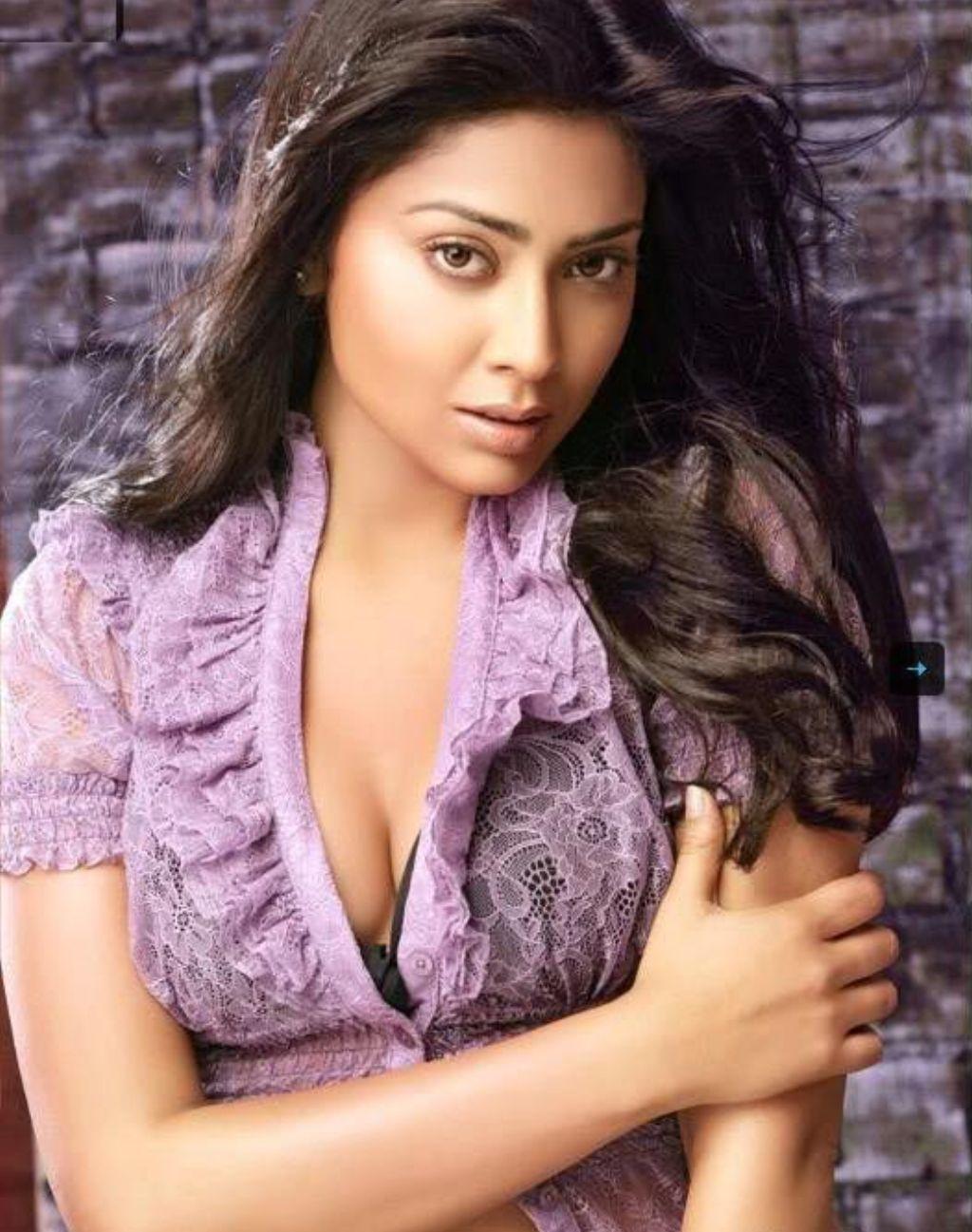 actress picture: find shriya saran hot